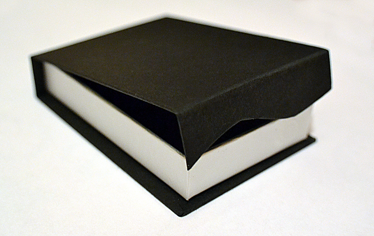 Black & Silver Card, Magnetic Gift Box